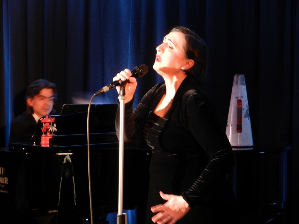 "Evi Niessner - ""100 Jahre Edith Piaf"" - 08.02.2015"